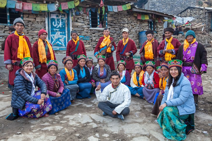 Nepal: Volunteer in Ethnic Village + Hike